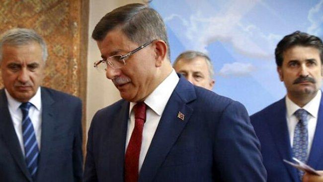 Davutoğlu, partisinin kurucular kurulunu belirledi: Listede 67 isim var
