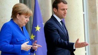 Merkel'den Macron'a 'NATO' tepkisi