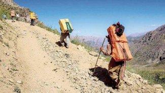 İran Kürt Kolberlere ateş açtı: 2 yaralı