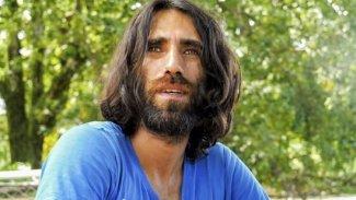 Rojhilat'lı Yazar Behrouz Boochani 6 yıl sonra özgür