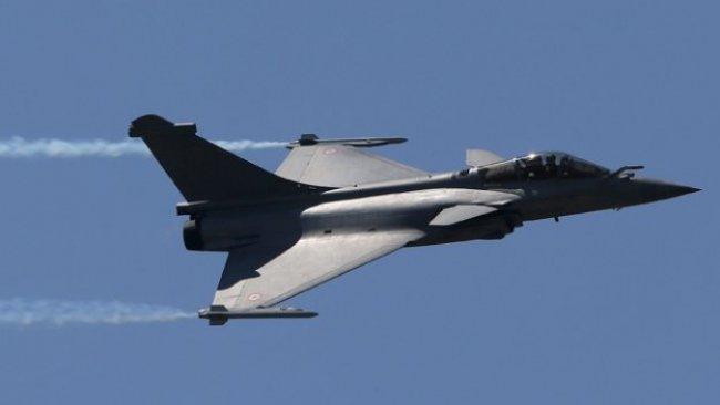 Fransa'ya uyarı: Uçaklarınızı indiririz