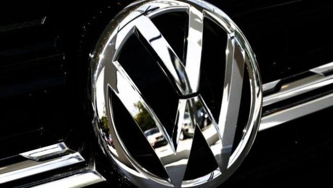 Volkswagen'dan 'erteleme' açıklaması: İnsanlar öldürüldüğü müddetçe temel atmayacağız