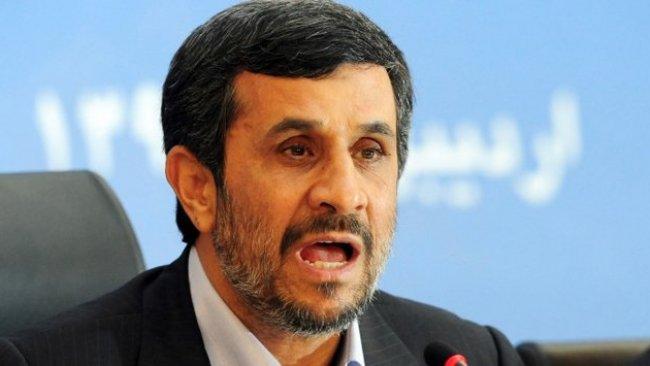Ahmedinejad'dan Ruhani'ye tepki: Memleketin başına ne bela getirdiniz