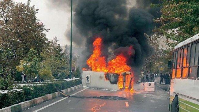 İran gösterilerde ölen protestocuların sayısını gizliyor