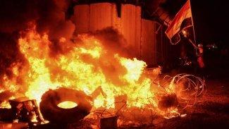 İran başkonsolosluğu 3'üncü kez yakıldı
