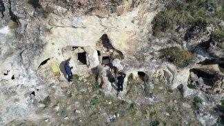 Kürt kentinde Süryanice iki kitabe bulundu
