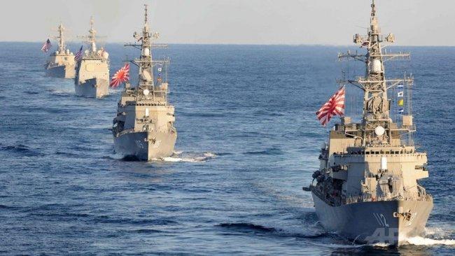 Japonya'dan Orta Doğu'ya askeri güce yeşil ışık