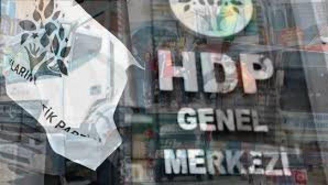 HDP belediyelerine atanan kayyum AKP'de tartışma yarattı