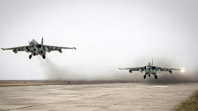 Rus uçakları Rojava ve Suriye'de hava devriyesi gerçekleştirdi