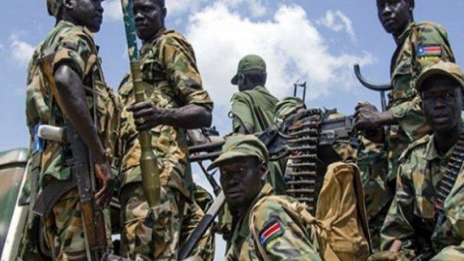 The Guardian: Yüzlerce paralı asker, Hafter adına savaşmak için Libya'ya geçiyor