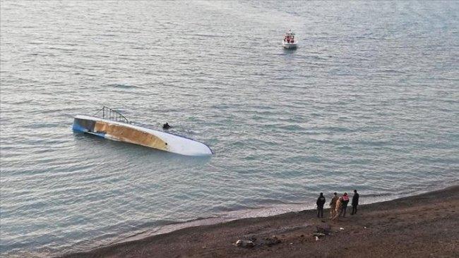 Van Gölü'nde tekne battı: 7 Ölü
