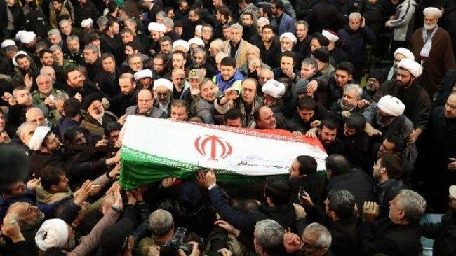 Kasım Süleymani'nin cenaze töreninde izdiham: En az 35 ölü
