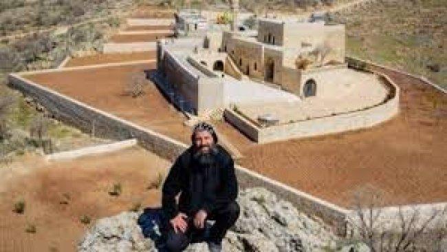 Nusaybin'de 'Mor Yakup Kilisesi' rahibi tutuklandı
