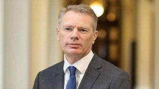 İngiltere'nin Tahran Büyükelçisi İran'dan ayrıldı