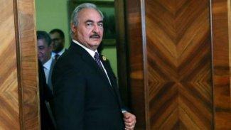 Bloomberg: Öfkeli Libyalı general, Putin'i nasıl oyuna getirdi?