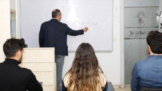 İSMEK'teki Kürtçe kursa yoğun ilgi
