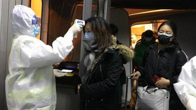 Koronavirüs bir ülkeye daha sıçradı