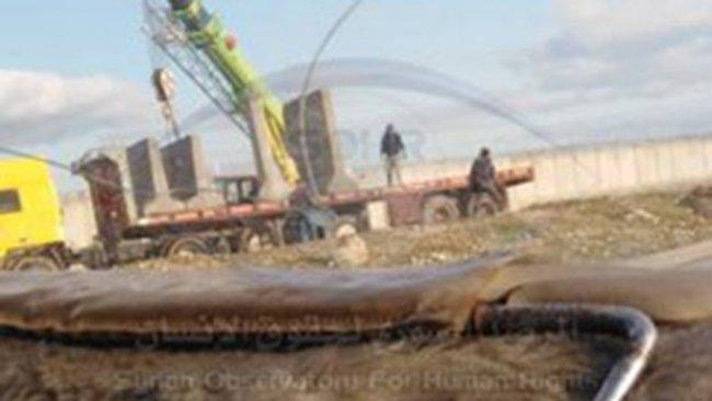 SMO Şam'a karşı cephe açtı, Rusya Türkiye sınırını blok betonla kapattı