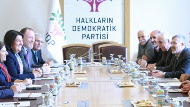 Dil Platformu'ndan HDP'ye: Siyaset dili Kürtçeleşmeli