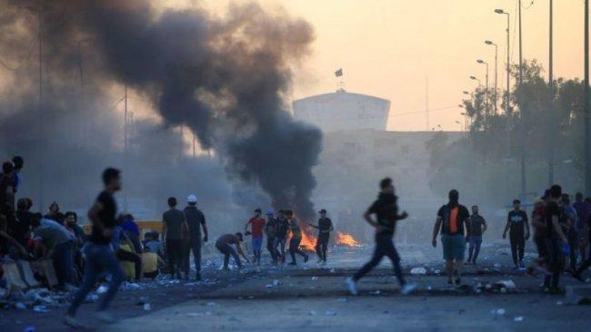 Sadr yanlısı grup ile göstericiler çatıştı: 13 ölü, 127 yaralı