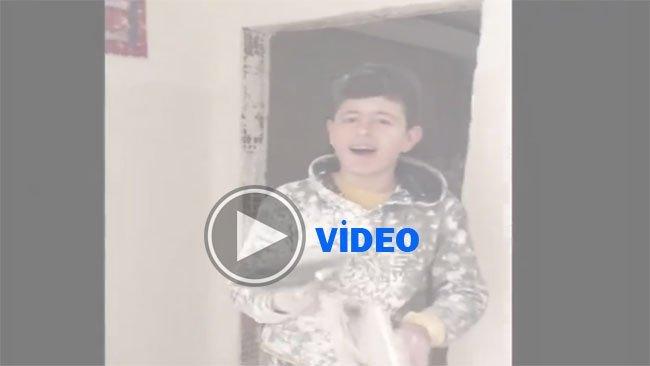 Zülfü Livaneli inşaatta Klam söyleyen Kürt gencini arıyor
