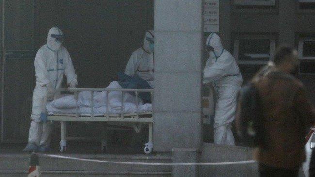 Koronavirüs salgınından ölenlerin sayısı 812'e çıktı