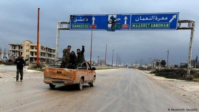 Suriye Ordusu, Halep-Şam karayolunu ele geçirdi