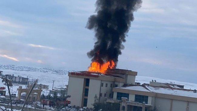 Şırnak'ta devlet hastanesinde korkutan yangın