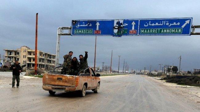 Rusya duyurdu: Stratejik M5 karayolu Suriye Ordusu'nun kontrolünde!