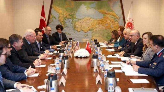 Türkiye: ABD'den 'YPG'ye desteğin tamamen sonlandırılması' istendi