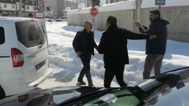 HDP'li vekil kamerayla görüntüledi: Takip ediliyorum!