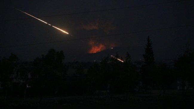 Halep'e füze saldırısı: 1 İran askeri öldü