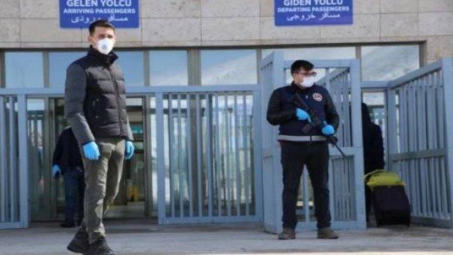 Koronavirüsü paniği: İran'la sınır fiilen kapandı