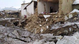Rojhılat'taki deprem Van'ı vurdu: Ölü ve yaralılar var