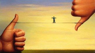 Eleştiride; Pasif, Aşırı ve Zorlama Yorum Olmaz!