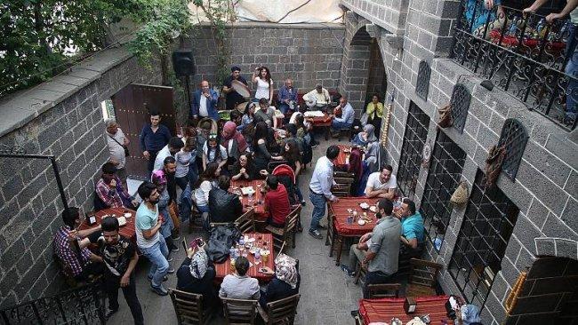 Rawest Araştırma: Kürt gençleri ne istiyor?