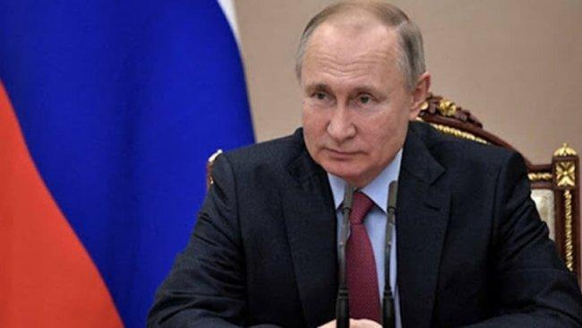 Putin anayasa değişiklik yasasını imzaladı