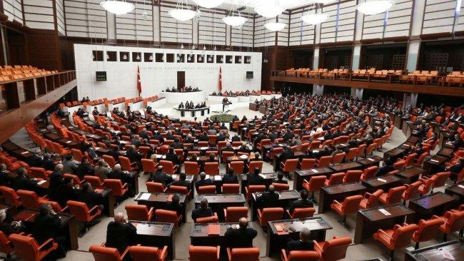 HDP, CHP ve İYİ Parti'nin koronavirüs komisyonu teklifine ret