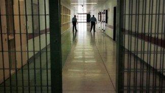 AK Parti 6 suç hariç mahkumların tahliyesini TBMM'ye getiriyor