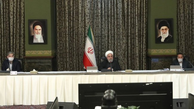 İranlı vekillerden Ruhani'ye karantina çağrısı
