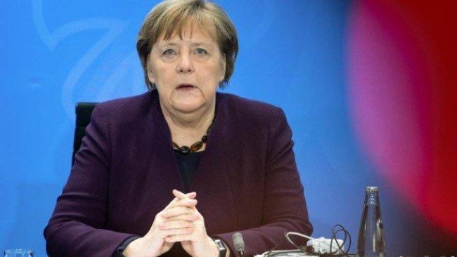 Almanya Başbakanı Merkel kendisini karantinaya aldı