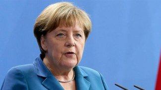 Almanya Başbakanı Merkel'in koronavirüs testi negatif çıktı