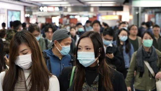 Bilim İnsanları: Salgın, 'sürü bağışıklığı' kazanıldıktan sonra da yeniden ortaya çıkabilir