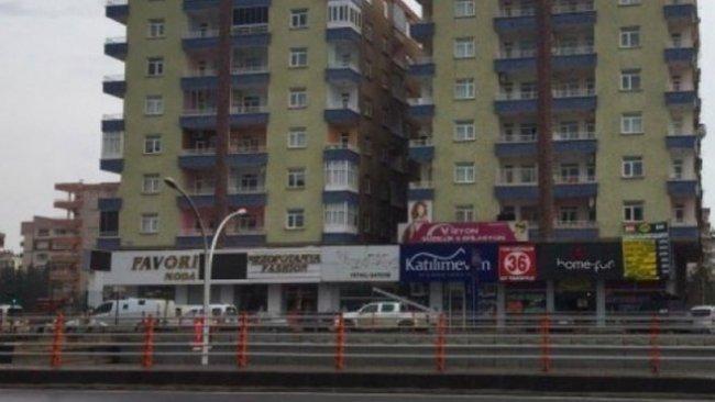 Diyarbakır'da üç kişilik ailenin testleri pozitif çıktı, bina karantinaya alındı