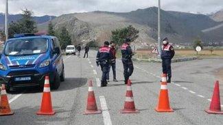 Tatvan'da 3 köy ve 7 mahalledeki 9 apartman karantinaya alındı