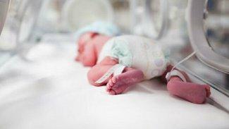 Doğu Kürdistan'da yeni doğan bir bebekte korona tespit edildi