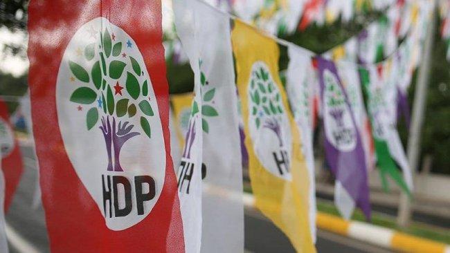 Muş'ta 3 HDP'li meclis üyesi görevden uzaklaştırıldı