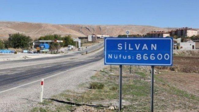 Silvan'da bir mahalle karantinaya alındı