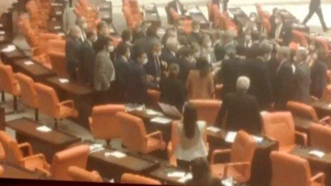 TBMM'de MHP ve HDP'li vekiller arasında kavga