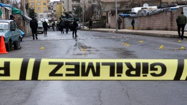 Diyarbakır'da iki grup arasında silahlı çatışma: 1 ölü